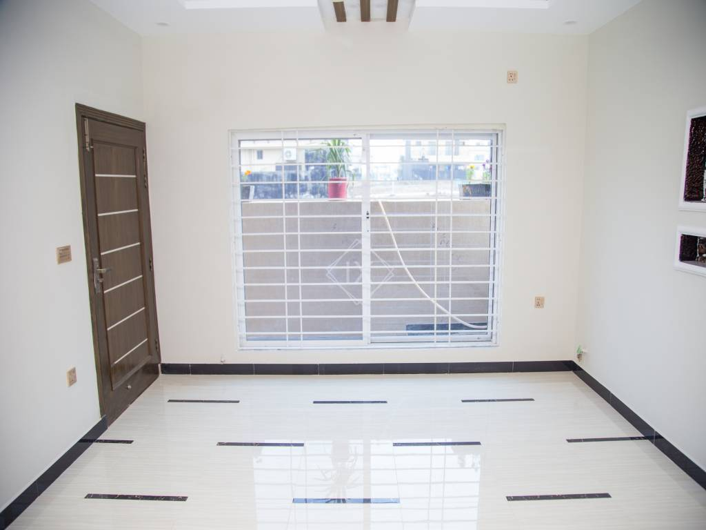 7 Marla House For Sale in Bahria Town